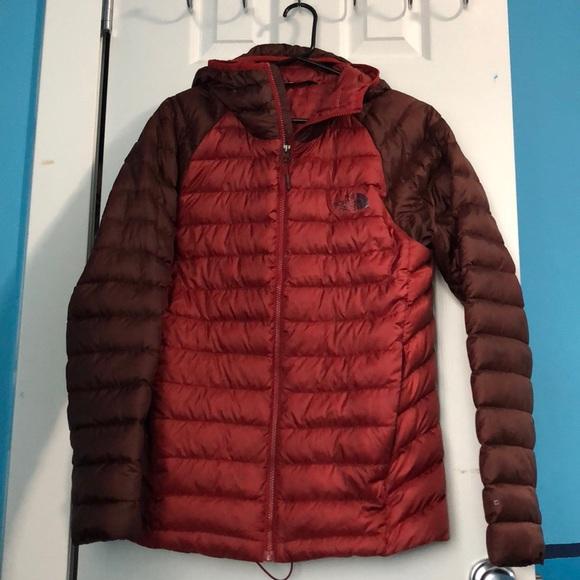 f387f5280 Men's North Face lightweight puffer jacket